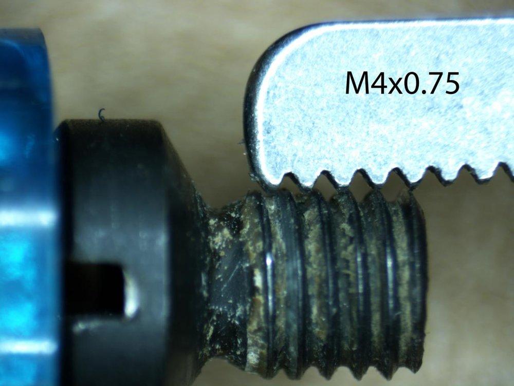 benelli_screws-M4-0.75.jpg